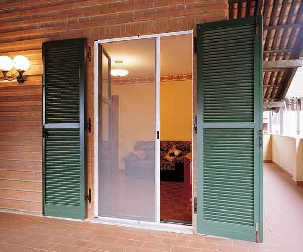 Ampia gamma di zanzariere coccia c - Tipi di finestre ...