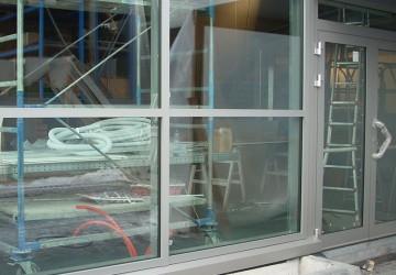 impennata-vano-scala-alluminio-+-porta-ingresso-due-ante