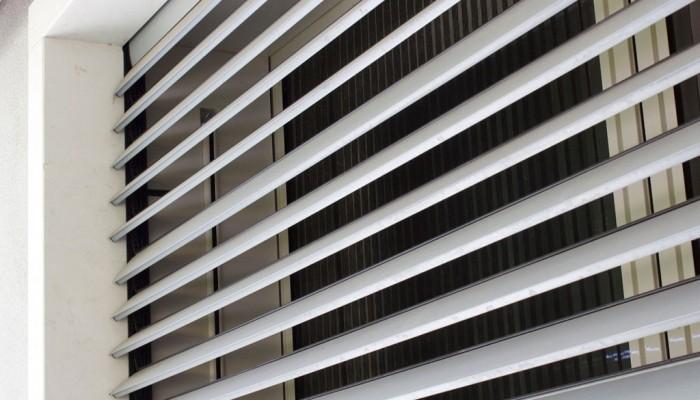 Tapparelle in legno alluminio e in pvc coccia c - Serrande avvolgibili per finestre ...